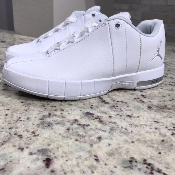 3e2ecb705c6ac9 BRAND NEW Jordan Team Elite 2 Shoes